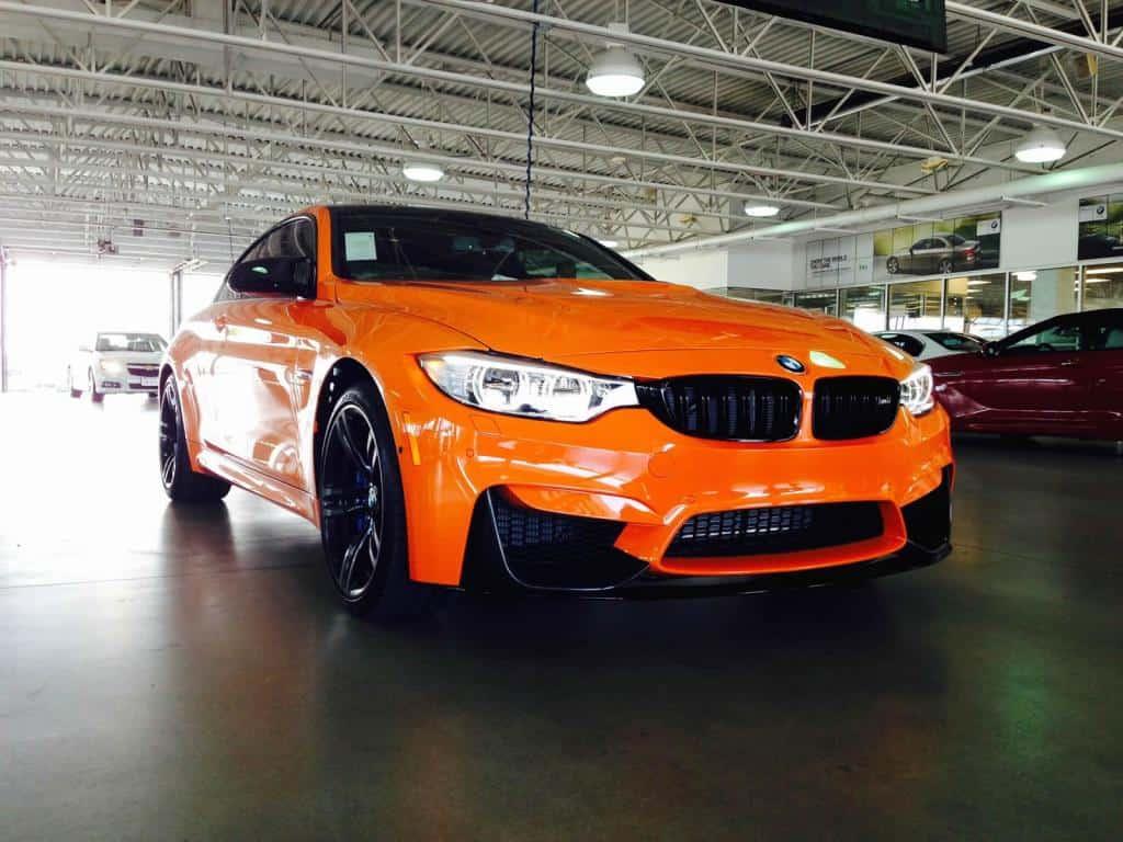 BMW M4 F in Feuerorange